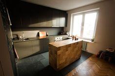 ok, it's finnaly here.  Kitchen island made with 13x13x26cm solid oak blocks.  design: gentlemaker.pl woodwork: pracownia-tryktrak.pl