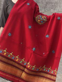 Red Shawl, Kashmiri Shawls, Embroidery Neck Designs, Silk Dupatta, Hand Weaving, Tie Dye, Pure Products, Cotton, Vibrant