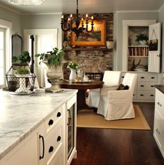Grey and white kitchen/dining area New Kitchen, Kitchen Dining, Kitchen Decor, Cozy Kitchen, Kitchen Walls, Kitchen Brick, Kitchen Ideas, Kitchen Cabinets, Design Kitchen