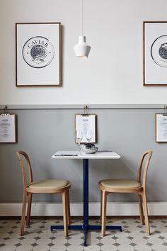 7 Gracious Clever Ideas: Minimalist Bedroom Bed Floors warm minimalist home benches.Minimalist Kitchen Organization Home minimalist living room design natural. Bedroom Minimalist, Minimalist Kitchen, Minimalist Interior, Minimalist Living, Minimalist Decor, Minimalist Makeup, Modern Minimalist, Chaise Restaurant, Restaurant Design