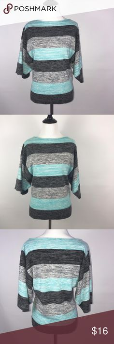 """Style&Co Petite 3/4 Sleeve Sweater Size Large Style&Co Petite 3/4 Sleeve Sweater Size Large  Armpit to Armpit - 16"""" Lenght - 23.5""""  (D) style&co Sweaters"""