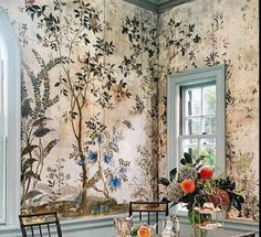 Step down walls Hand Painted Wallpaper, Wall Art Wallpaper, Painting Wallpaper, Beautiful Interiors, Colorful Interiors, Bohemian Decor, Boho Chic, Chinoiserie, Wall Decor