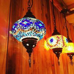本日の営業終了です。 みなさまご来店頂きありがとうございました。 写真は店内のランプちゃんです(^o^) #モザイクランプ#トルコランプ #トルコ#ランプ #手作り #ハンドメイド  #ザクロらんぷ家 #ザクロレストラン  #谷中銀座#谷中銀座商店街 #mosaiclamp#turkey #ottomanlamp  #turkishmosaiclamp #turkishlamp #zakurolampya #zakurolamp #lamp #lamps #handmade #zakuro #zakurorestaurant