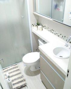 Super ideas for bathroom pink layout bathtubs Bathroom Interior, Interior Design Living Room, Bathroom Pink, Shower Storage, Toilet Design, Bathroom Design Small, Shower Floor, Deco Furniture, Trendy Bedroom