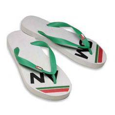 6df39cfd248d Flip flops made of 25% recycled material and rubber Business  Sustainability
