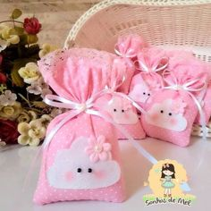 Foam Crafts, Diy And Crafts, Crafts For Kids, Cloud Party, Human Babies, Handprint Art, Birthday Decorations, Baby Shower Themes, Diy Gifts