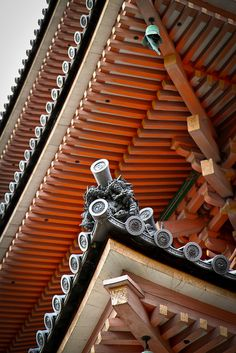 Roof details of Kiyomizu temple, Kyoto, Japan
