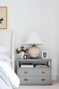 Simple Home Decor A Cozy Textured Master Bedroom.Simple Home Decor A Cozy Textured Master Bedroom Classic Home Decor, Classic House, Unique Home Decor, Classic Interior, Home Interior, Interior Design, Interior Plants, Diy Design, Design Ideas