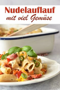 There is space for g of vegetables of your choice in this pasta bake - the vegetables are cooked together with the noodles in a light sauce for about 40 minutes in the oven, vegetarian pasta b Pizza Recipes, Beef Recipes, Fruits And Veggies, Vegetables, Turkey Soup, Cooking Together, Vegan Pasta, Pasta Bake, Evening Meals