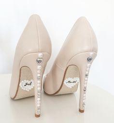 bride bridal shoes highheels heels wedding details