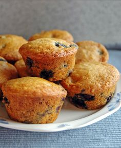 Healthy Whole Wheat Blueberry Muffins | 100% whole grain and no refined sugar