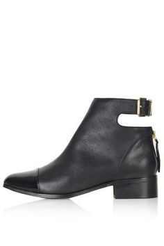 ACE Back Buckle Boots