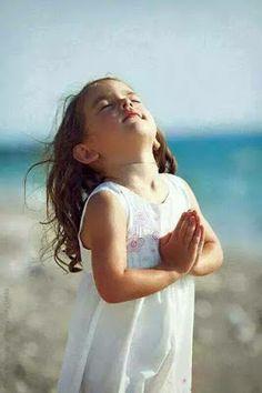 JESUS CRISTO A LUZ DO MUNDO:   NÃO SE CANSEM DE ORAR Não se cansem de orar