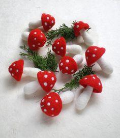 10 hängenden Giftpilz Ornamente Wald-Natur inspiriert von IssaFelt