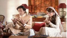 Imran Khan and Reham Khan's Nikkah takes place -  ISLAMABAD: Imran Khan has wed TV anchorperson Reham Khan and their Nikkah ceremony was held at the Bani Gala residence of the Pakistan Tehreek-e-Insaf (PTI) chairman. PTI leader Imran Ismail told Geo News that Khan's Nikkah had taken place at Bani Gala today (Thursday) and the Valima... - http://www.plgmea.com/imran-khan-and-reham-khans-nikkah-takes-place/