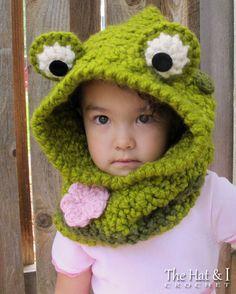 CROCHET PATTERN  Frog Fun  chunky crochet hooded cowl