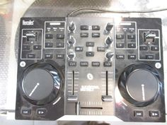 Controller DJ Hercules Instinct Midi USB Nero