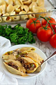 Philly Cheesesteak Stuffed Shells is a dinner the whole family will love. Pasta filled with seasoned meat, peppers, onion, cheese, and cheese sauce. Stuffed Shells Recipe, Stuffed Pasta Shells, Jumbo Shell Recipes, Homemade Cheese Sauce, Chicken Bacon Ranch Pasta, Best Dinner Recipes, Yummy Recipes, Recipies, Yummy Food