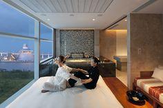 """""""Thai Massage"""", Luxury Spa Series, Mandarin Oriental Macau"""