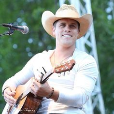 Dustin Lynch. The definition of perfection!