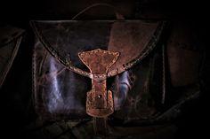 #handcrafted #thyConstantine ... #Baggi L #Rustic #Vikings vs #GameOfThrones #Handmade #Horween #Leather