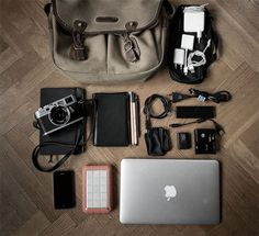 What's in your bag? 40 interesting photos from around the world - Blog of Francesco Mugnai