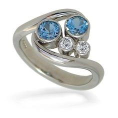 Andrew Leggett's engagement ring designs wow F&L Designer Guides with their combination of classical and cutting edge individuality. Star Cluster, Cluster Ring, Rings N Things, Designer Engagement Rings, Contemporary Jewellery, Ring Designs, Diamond Jewelry, Jewels, Aquamarines
