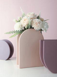 Diy Clay, Clay Crafts, Ceramic Vase, Ceramic Pottery, Ceramic Decor, Bud Vases, Flower Vases, Retro Color, Painted Pots