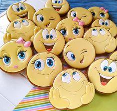 Bear Cookies, Fancy Cookies, Royal Icing Cookies, Cookies Et Biscuits, Galletas Decoradas Royal Icing, Dinosaur Cookies, Cookie Decorating Party, Custom Stamps, Birthday Cookies
