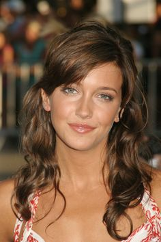 """Katie Cassidy  (7.6)  Photos: https://www.google.com/search?q=Katie+Cassidy&source=lnms&tbm=isch&sa=X&ei=qpPhUoC1AYKGyQGdtYEo&ved=0CAkQ_AUoAQ&biw=1920&bih=932    Interview: http://www.youtube.com/watch?v=y9UZFV03ZnQ      Actress Katherine Evelyn Anita """"Katie"""" Cassidy is an American actress who stars as Laurel Lance on The CW superhero television series Arrow.  Born: November 25, 1986  Los Angeles, CA Height: 5' 6"""""""