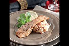 Kapr s vejmrdou | Apetitonline.cz Chicken, Meat, Food, Red Peppers, Eten, Meals, Cubs, Kai, Diet