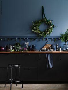 New Kitchen Ikea Kungsbacka Black Ideas Green Kitchen, New Kitchen, Kitchen Decor, Kitchen Design, Black Ikea Kitchen, Kitchen Flooring, Kitchen Furniture, Kitchen Cabinets, Furniture Nyc