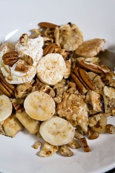 Prepare to fall in love with this Mpatzoh Brei with bananas and pecans. The perfect dish to serve the morning after your Passover Seder.