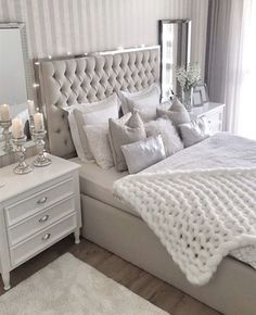 This is a Bedroom Interior Design Ideas. House is a private bedroom and is usually hidden from our guests. However, it is important to her, not only for comfort but also style. Much of our bedroom … Room Ideas Bedroom, Home Decor Bedroom, Modern Bedroom, Living Room Decor, Girls Bedroom, Bed Room, Contemporary Bedroom, Wood Bedroom, Bedroom Brown