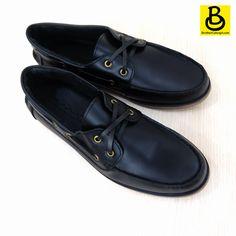 Giày Boat Timber Đen Trơn - Mẫu giày đa năng dành cho phái mạnh ✴✴  - Da bò 100% loại tốt - Đế cao su non độ bền cao (>3 năm) - Bảo hành sản phẩm 1 năm (y) ================================= ➡ MUA NGAY: 516 Đoàn Văn Bơ, Quận 4 ➡ HOTLINE: 0904326305 Inbox cho Shop để được tư vấn tốt nhất <3 #BrotherConcept #Boatshoes #Timberland #699k