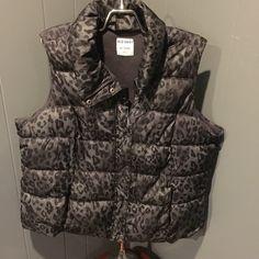 Old Navy Grey Black Leopard Vest XXL Leopard warmest vest. Zip and snap. Pre loved. Old Navy Jackets & Coats Vests