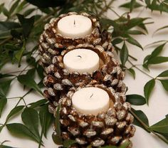 17 Easy DIY Holiday Candle Holders – 37 super easy diy christmas crafts ideas for best and easy rangoli designs for diwali festival part coconut candle holders Pine Cone Art, Pine Cone Crafts, Fall Crafts, Holiday Crafts, Diy Crafts, Holiday Fun, Paper Crafts, Holiday Candles, Diy Candles