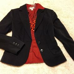 "Like NEW - The Limited ✨ Black Jacket The Limited size 8, black suit jacket. Perfect with a skirt! Worn once. 2 front functional pockets - 1 still sewn shut. See approximate measurements below.                                                21.5"""" length 37"" Bust fully buttoned 25"" Sleeve length 62% Polyester, 34% Rayon, & 4% Spandex 100% Polyester lining Dry clean only  Pet free/smoke free - Clean Home! ❤️See my Love Notes - next day shipper❤️   I consider offers through offer feature  The…"