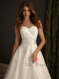 A-line Sweetheart Chapel Train Tulle Wedding Dress at Msdressy