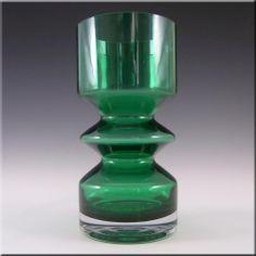 Riihimaki/Riihimaen Tamara Aladin Green Glass Vase 1472 - £39.99 Aladdin, Scandinavian, Glass Art, Retro Vintage, Perfume Bottles, Stones, Gems, Vases, Ebay