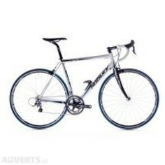 Road Bikes - Have you road bikes to sell ? I need some to add to my site . Price is for a prem. Bikes For Sale, Road Bikes, Sport Bikes, Bicycle, Things To Sell, Sportbikes, Crotch Rockets, Bicycle Kick, Sport Motorcycles
