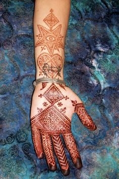 Nouveau Moroccan by Nomad Heart Henna, via Flickr