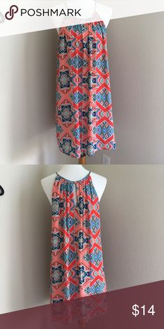 Summer dress Super cute multi colored dress. Great condition! I am 5'4 and it hits mid thigh! Francesca's Collections Dresses Midi