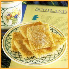 Schottische Vanilleecken und Käsebrötchen.  Schottische #Vanilleecken sind schnell zubereitet, das #Gebäck wird als ganze Platte gebacken, die #Käsebrötchen eignen sich wunderbar für ein Frühstück  http://www.schlemmereckchen.de/schottische-vanilleecken/