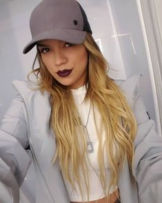 I m gonna kill u with looks Puerto Rican Singers, Latin Artists, Pretty Girl Rock, Becky G, Celebs, Celebrities, Me As A Girlfriend, Pink And Gold, My Girl