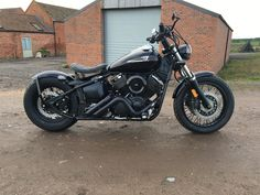 Yamaha V-Star 1100 Customer Gallery - Blue Collar Bobbers