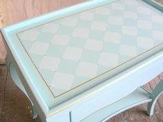This guy has so many great ideas for repainting old furniture!