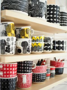 MARIMUKSUN JOULUNAVAUS (SIS ALEKOODIN MM MARIMEKON UUTUUKSIIN, MOLO KIDSIIN YM) Marimekko, Dream Decor, Design Firms, Scandinavian Design, Shoe Rack, Kitchen Dining, Print Patterns, Cool Designs, Interior Decorating