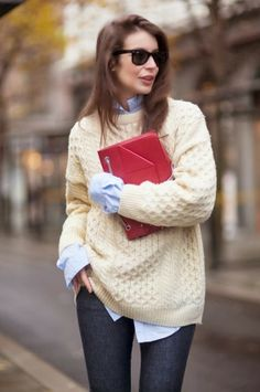 fashion clothing apparel outfit women style skinny jeans ray ban sweater pullover knitted white jeans blue purse red shirts spring autumn