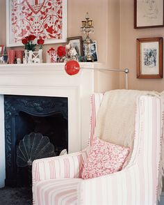 Lonny Magazine Aug/Sep 2010 | Photography by Patrick Cline; Interior Design by Cath Kidston